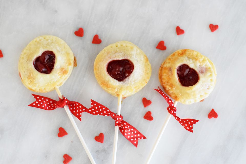 cherry pie pops