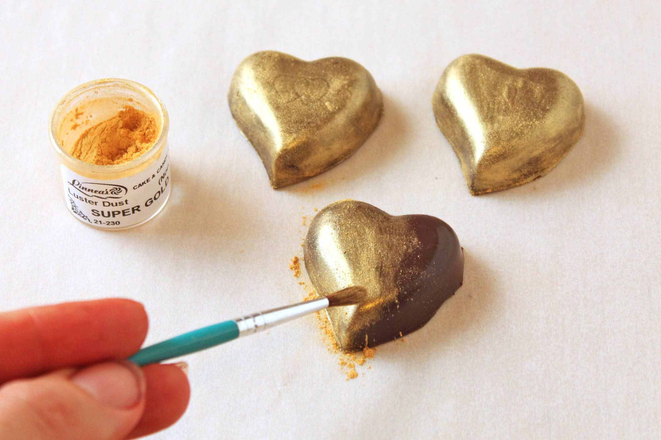 Painting chocolates with luster dust