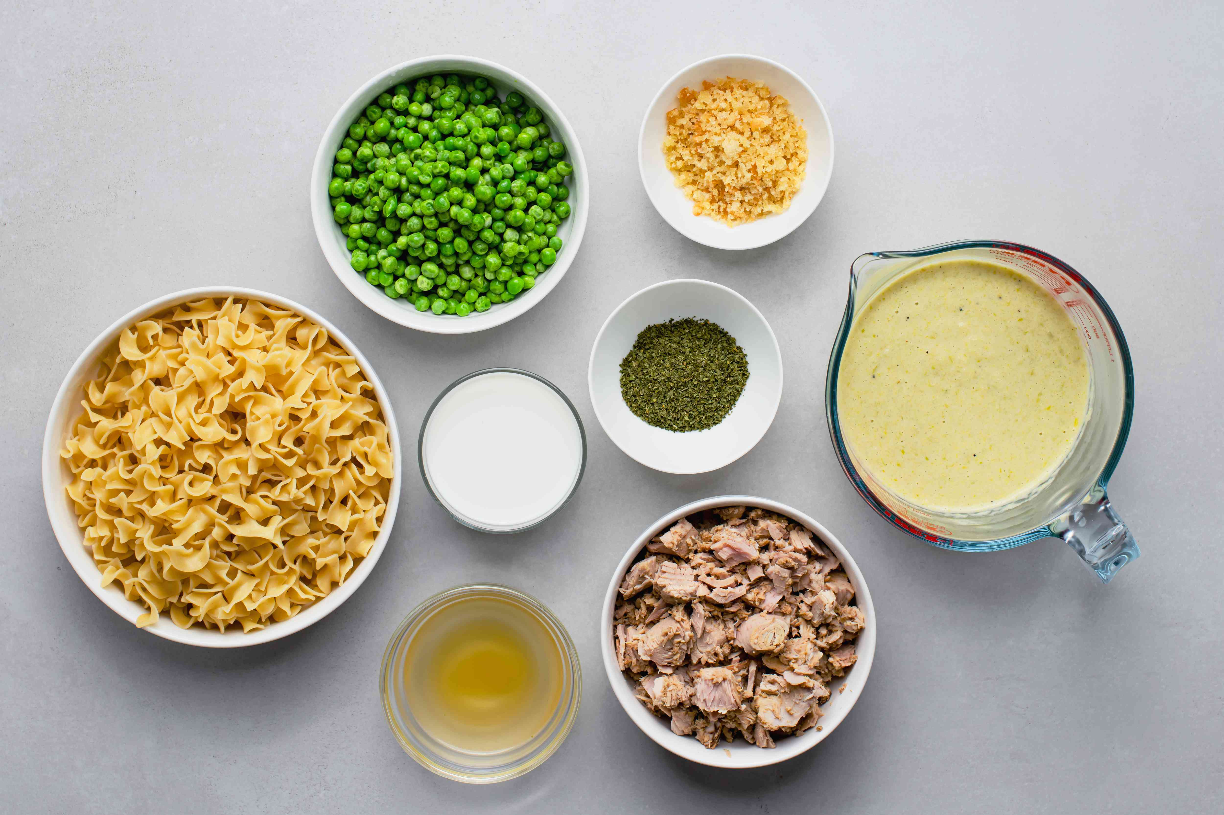 Crock Pot Tuna Casserole ingredients
