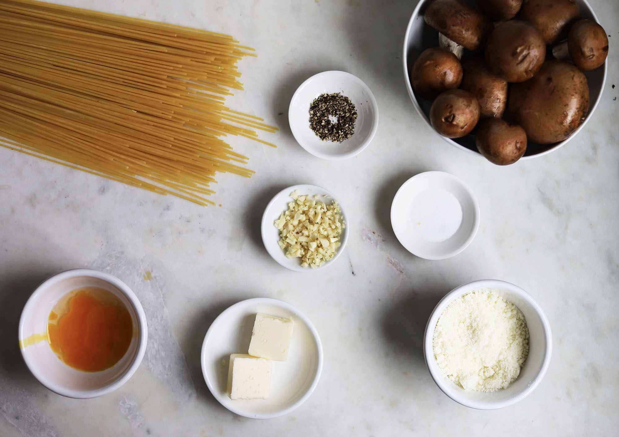 mushroom carbonara ingredients
