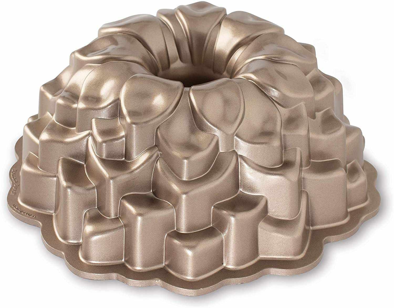 Nordic Ware Blossom Bundt Cake Pan