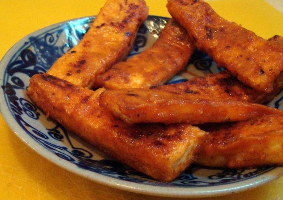 Vegan Buffalo Tofu Hot Wings