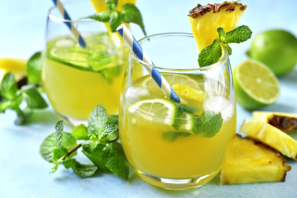 Pineapple detox tonic in glass