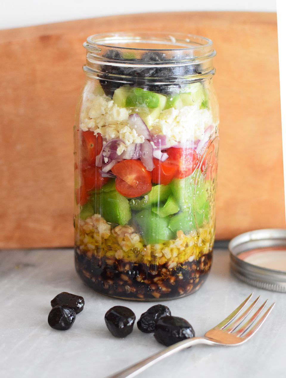 greek salad mason jar