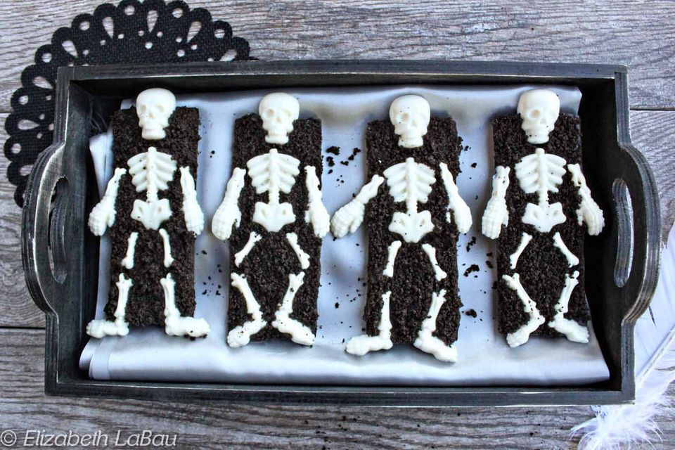 Skeleton Coffin Candy Bars