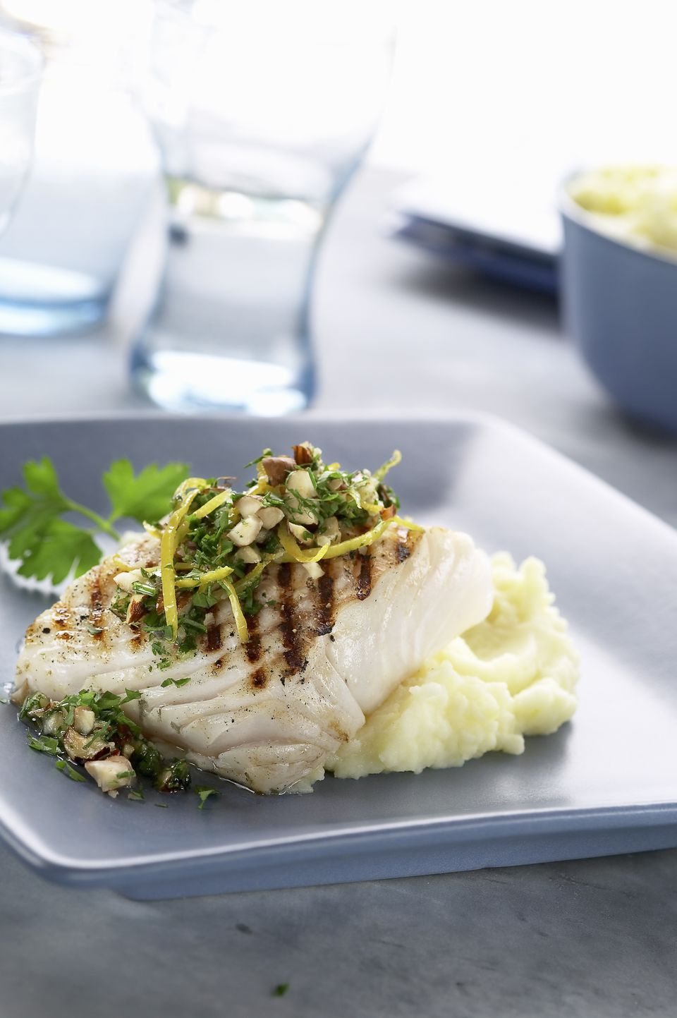 Fillet of cod with hazelnut and mashed potato