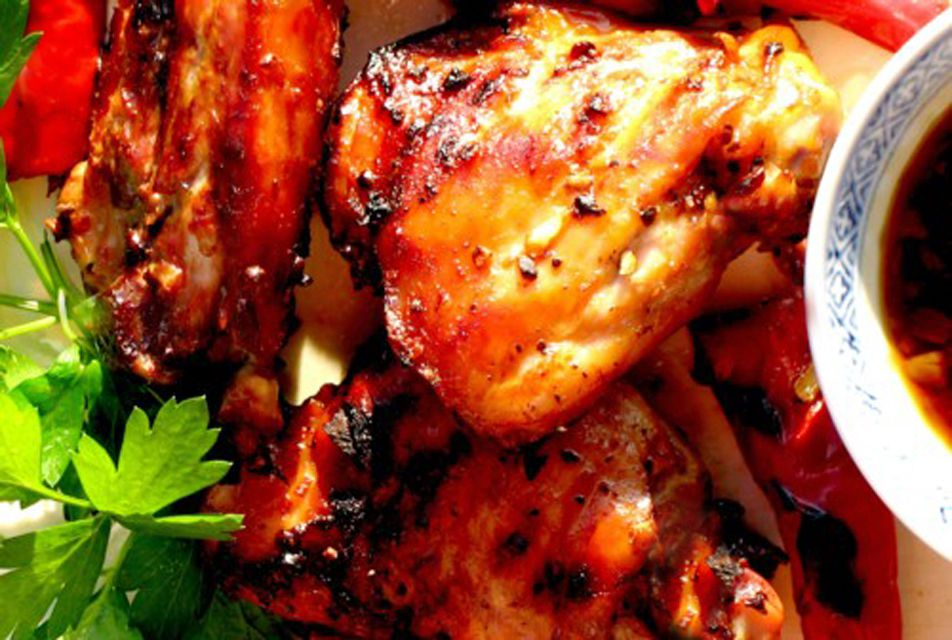 Classic Thai BBQ Grilled Chicken Recipe (con salsa picante)