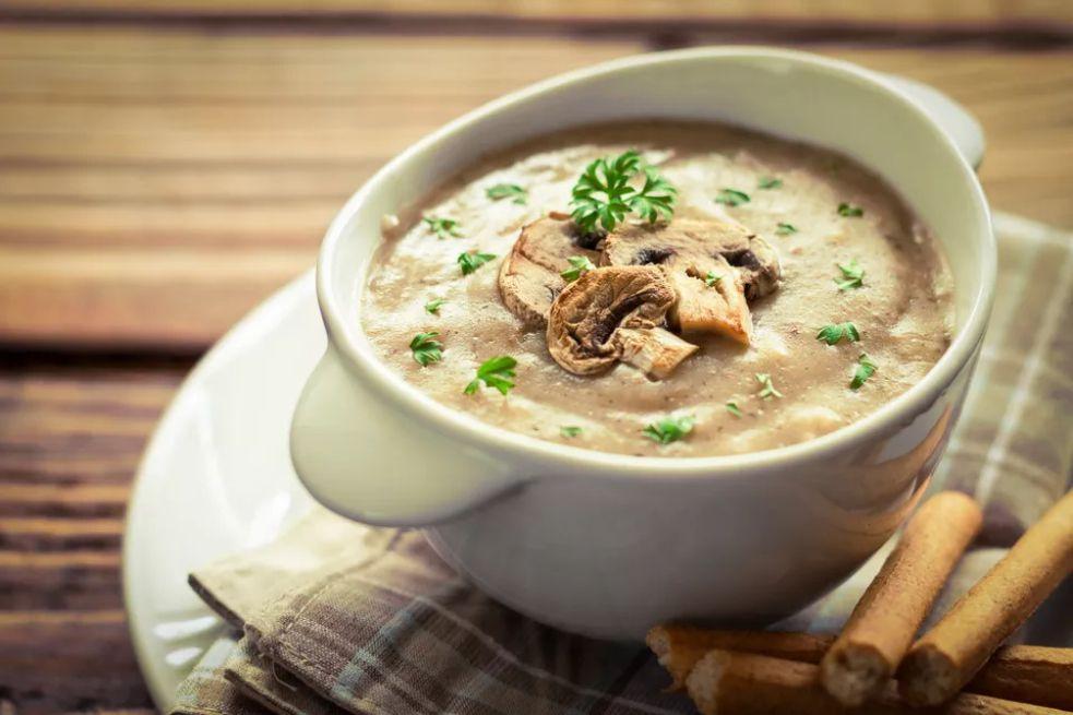 Simple Cream of Mushroom Soup