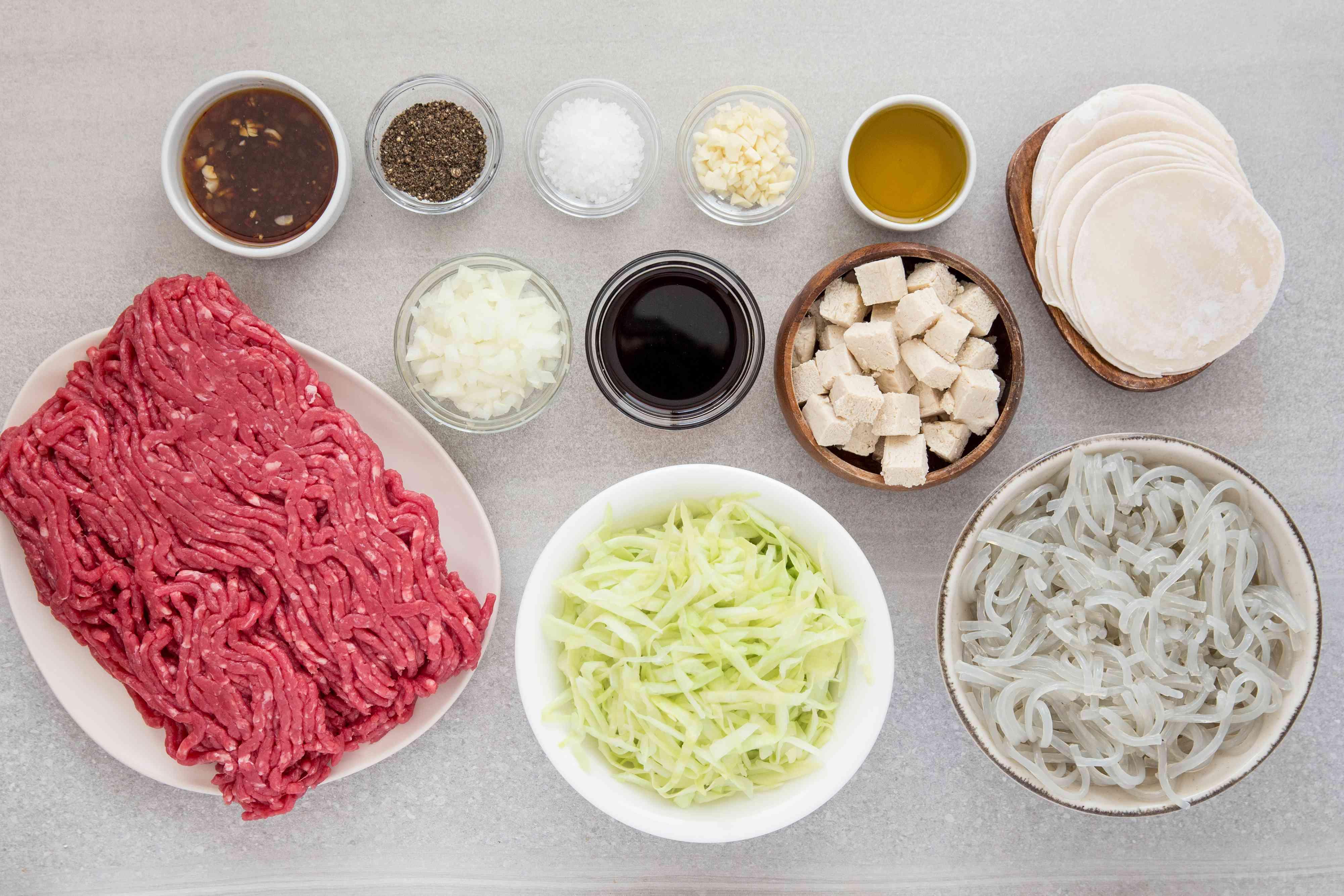 Ingredients for Korean dumpling mandoo