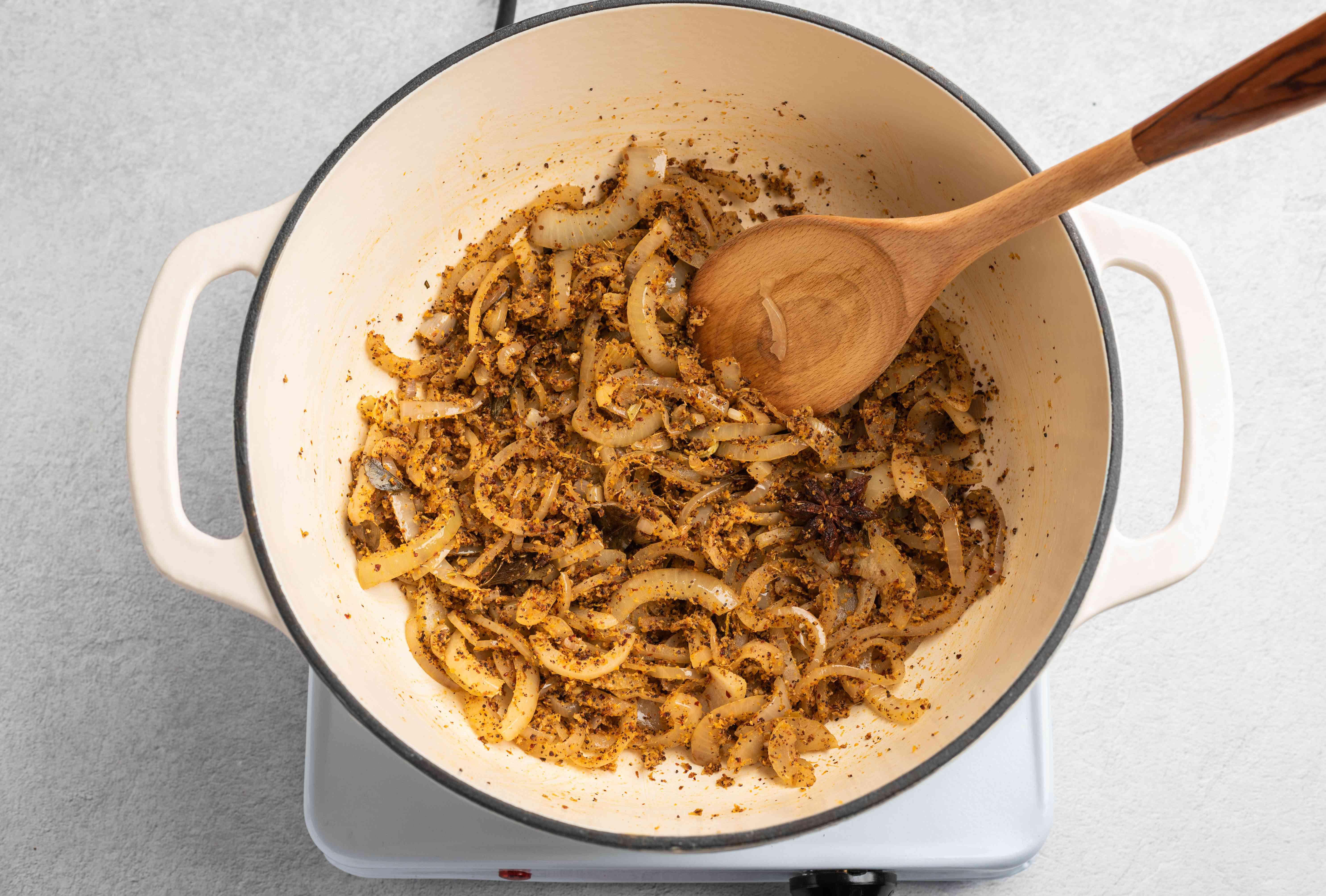 Add spice paste