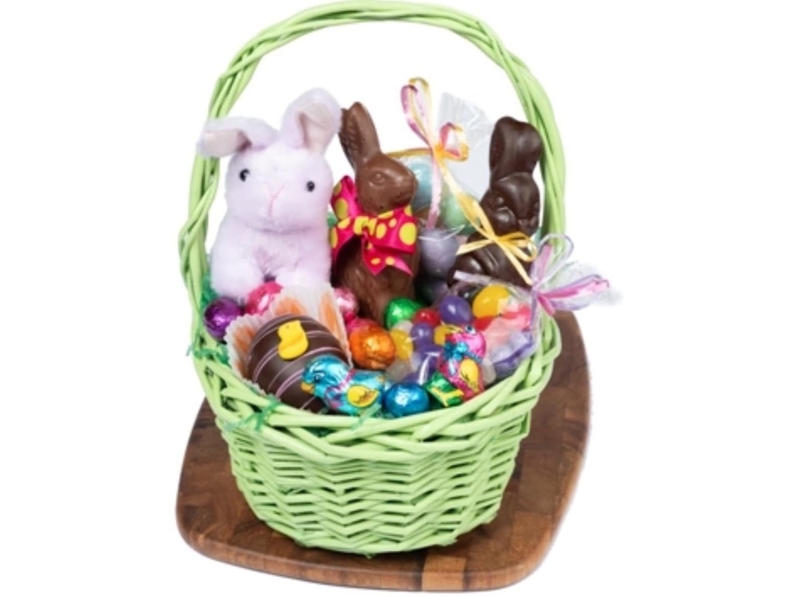 li-lac-chocolates-classic-easter-basket
