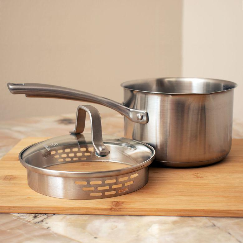Calphalon Classic Stainless Steel 1.5-Quart Sauce Pan