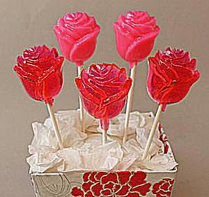 Strawberries and Cream Lollipops Recipe
