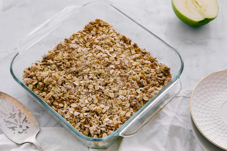 Low-Calorie Apple Crisp in a baking dish
