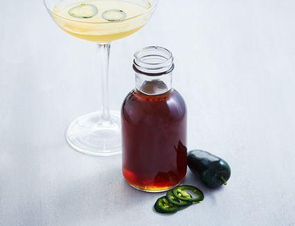 Homemade spicy jalapeño simple syrup recipe