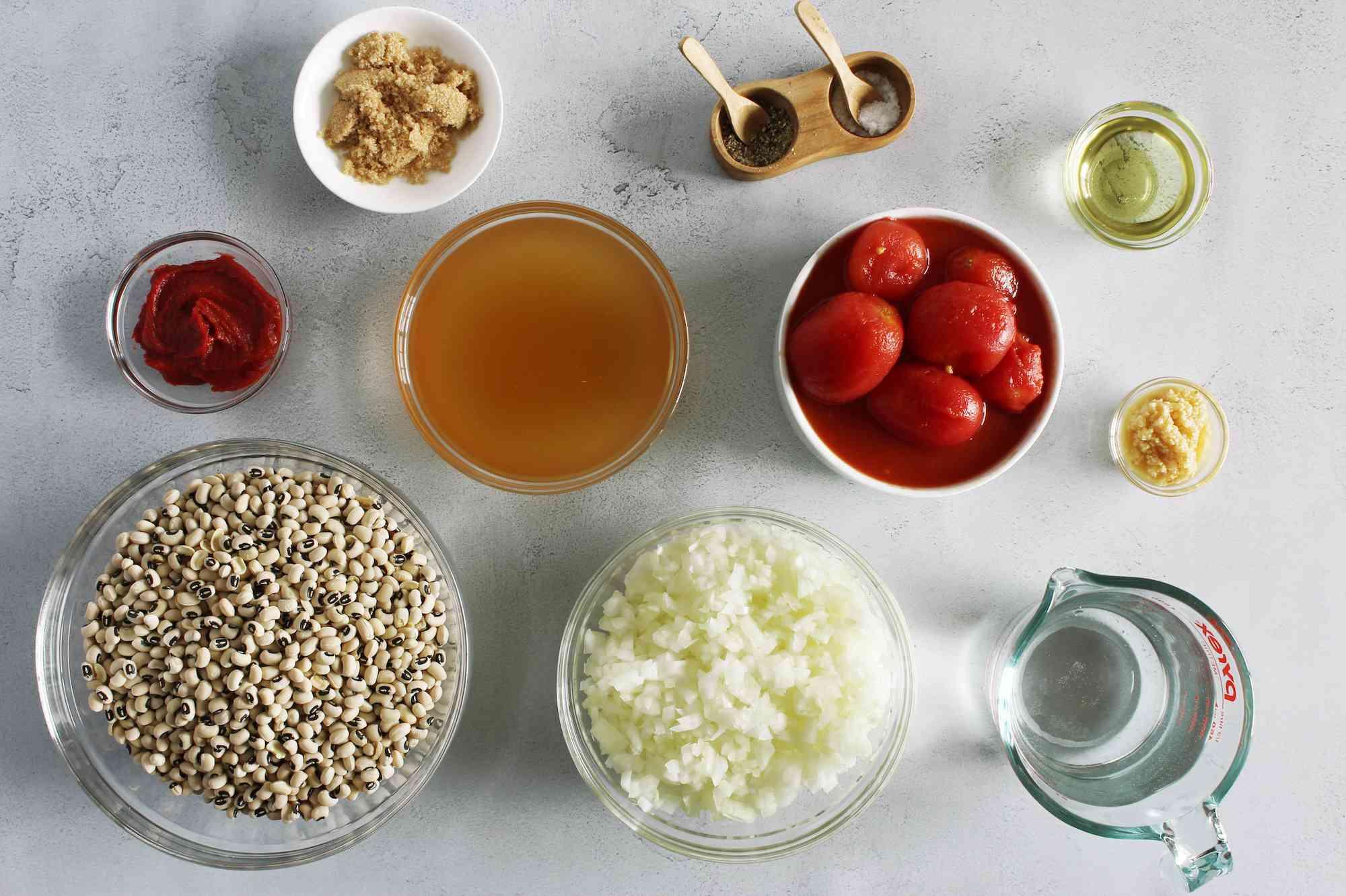 Ingredients for vegan black-eyed peas