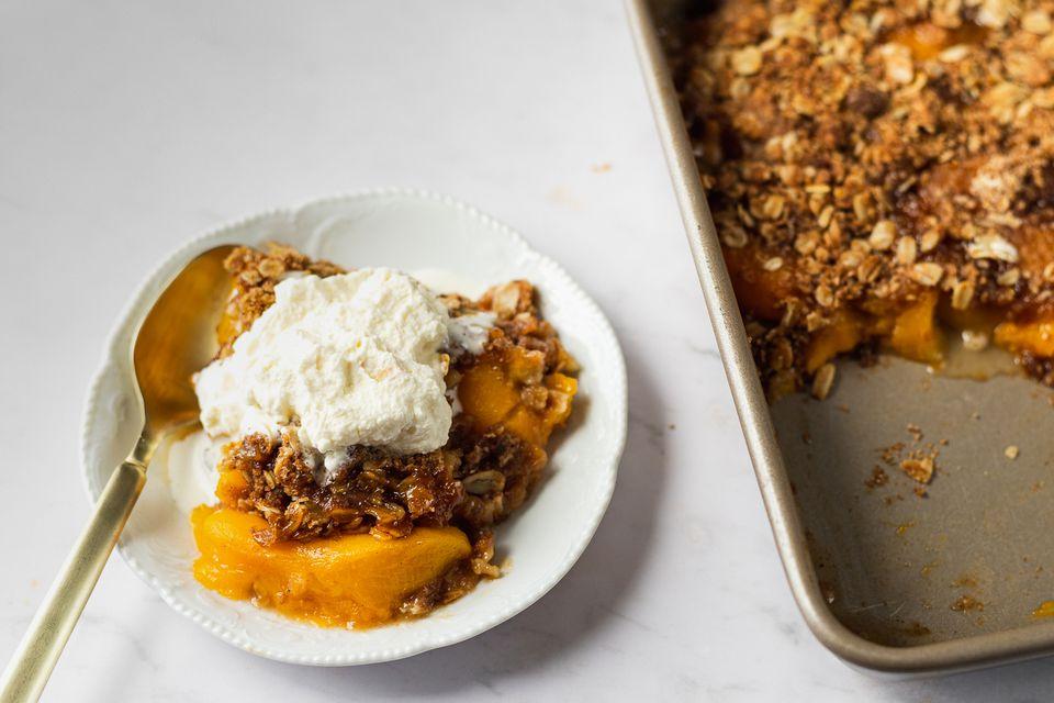 Quick and Easy Peach Crisp
