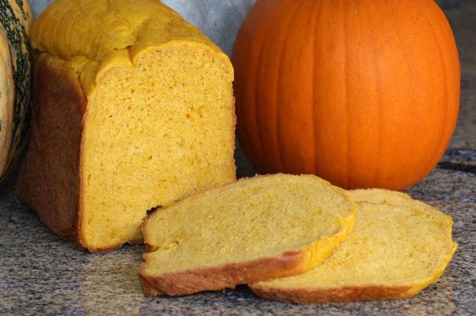 Bread Machine Pumpkin Yeast Bread