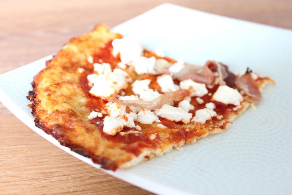 Masa de pizza de coliflor y lentejas