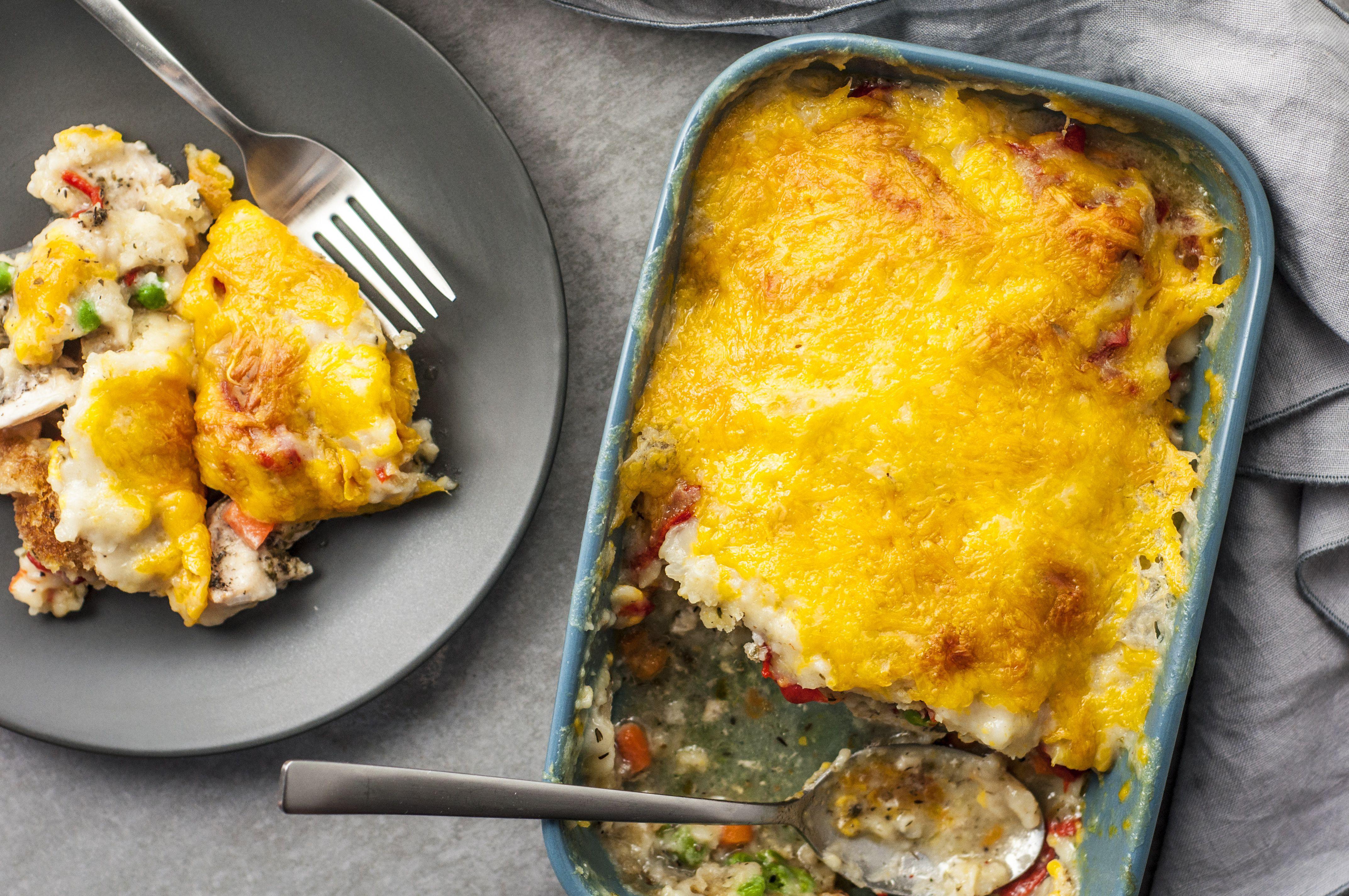 Easy chicken pot pie casserole