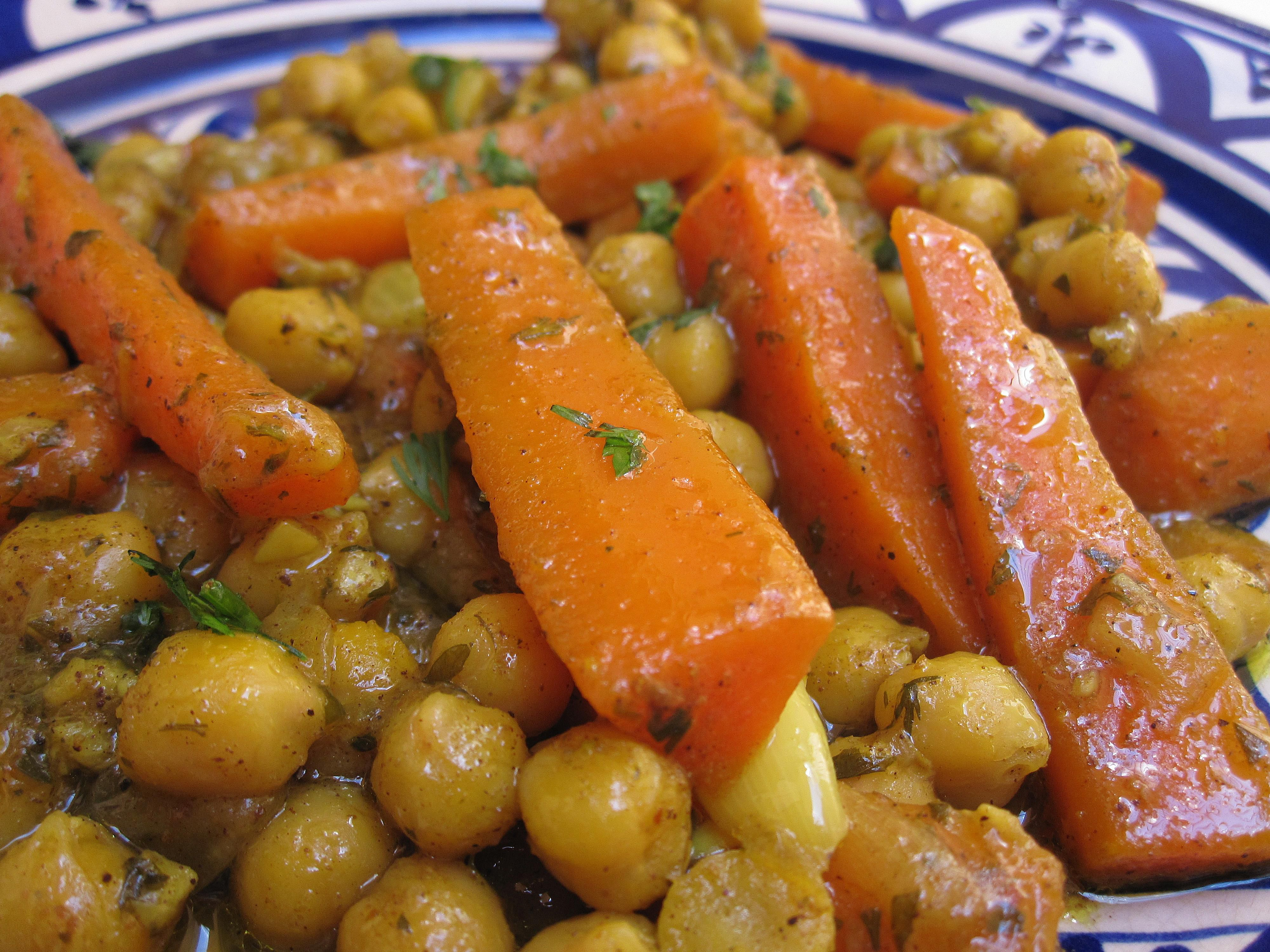 carrot-chickpeas-vegetarian