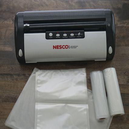 NESCO VS-02 Vacuum Sealer