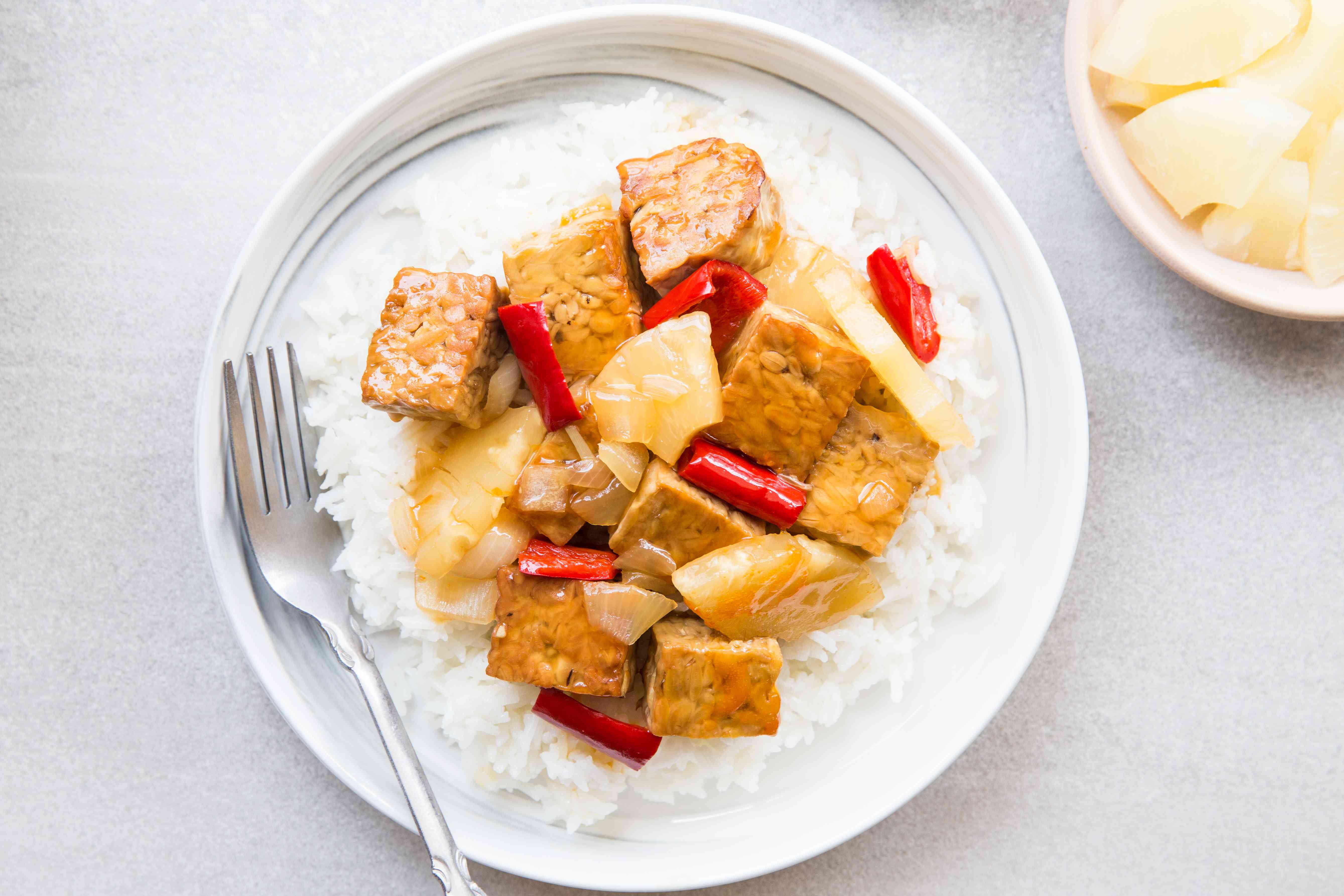 Easy Vegan Sweet-and-Sour Tempeh in a bowl