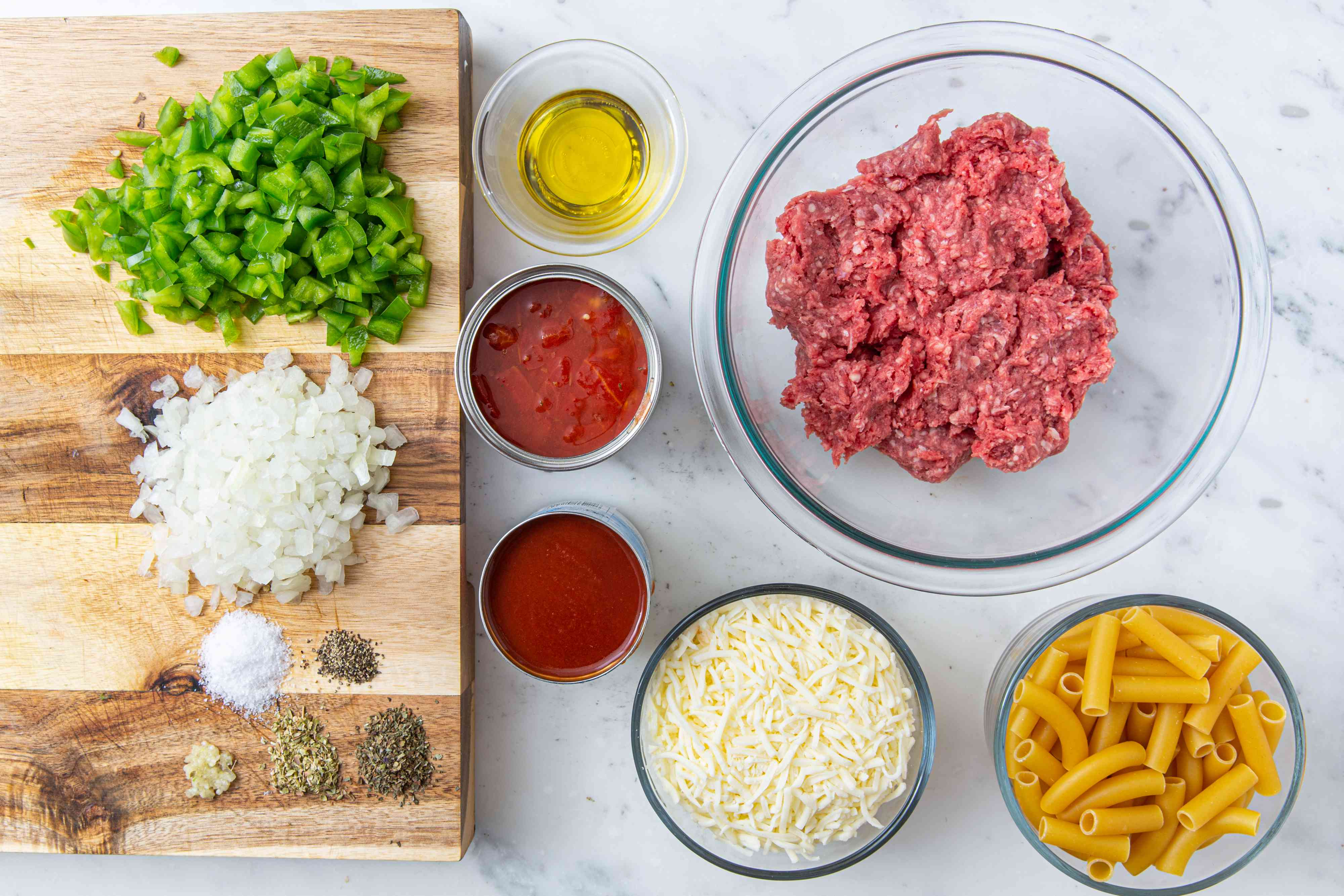 Easy Baked Ziti With Ground Beef and Cheese ingredients