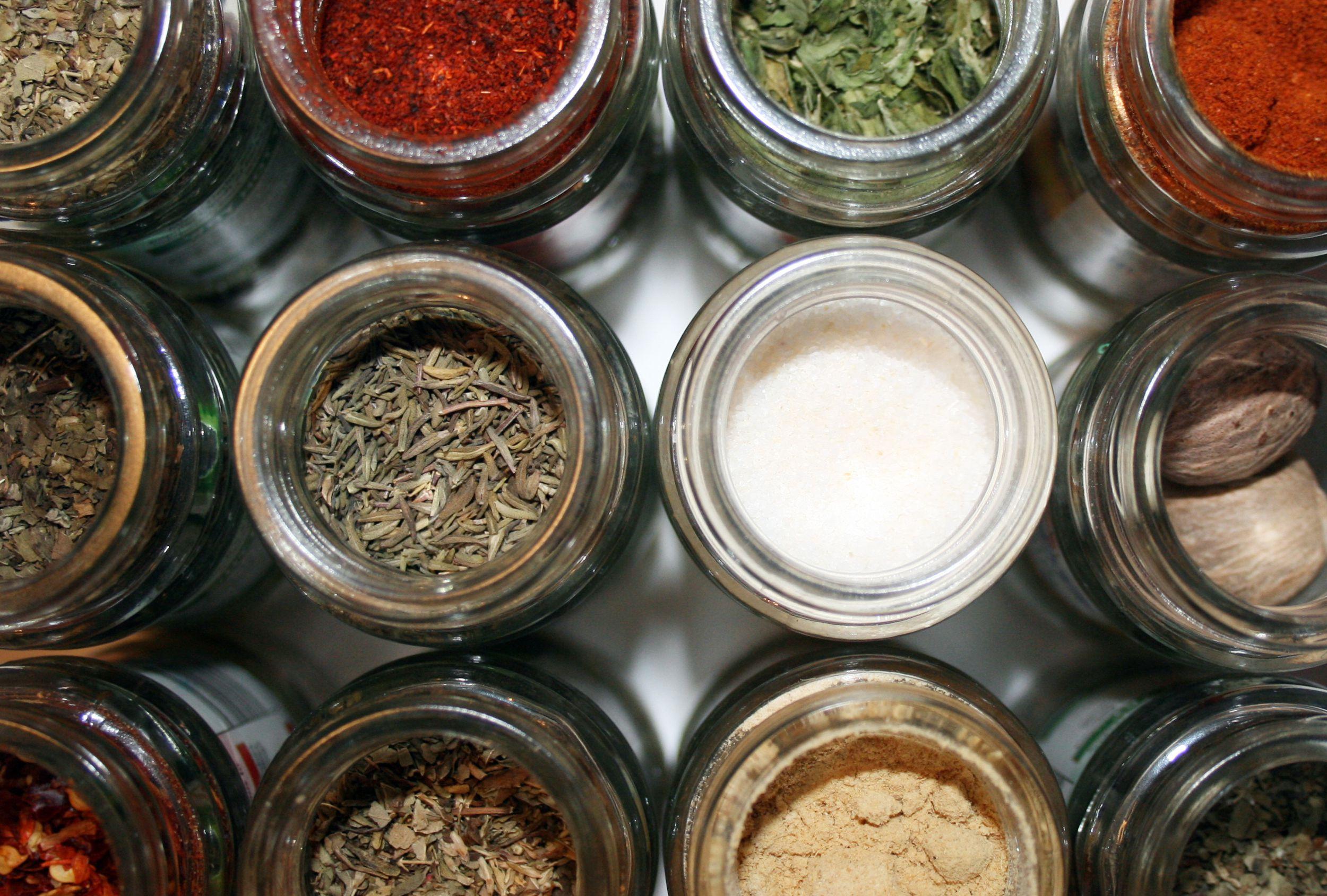 7 Basic Formulas for Homemade Spice Blends