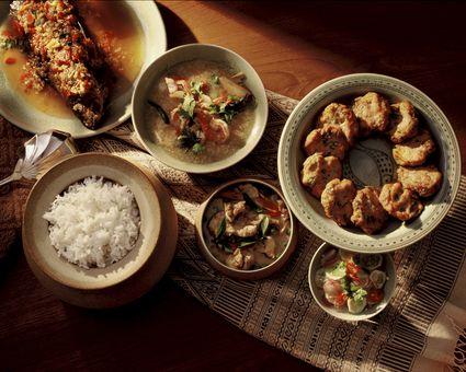 A complete Thai dinner