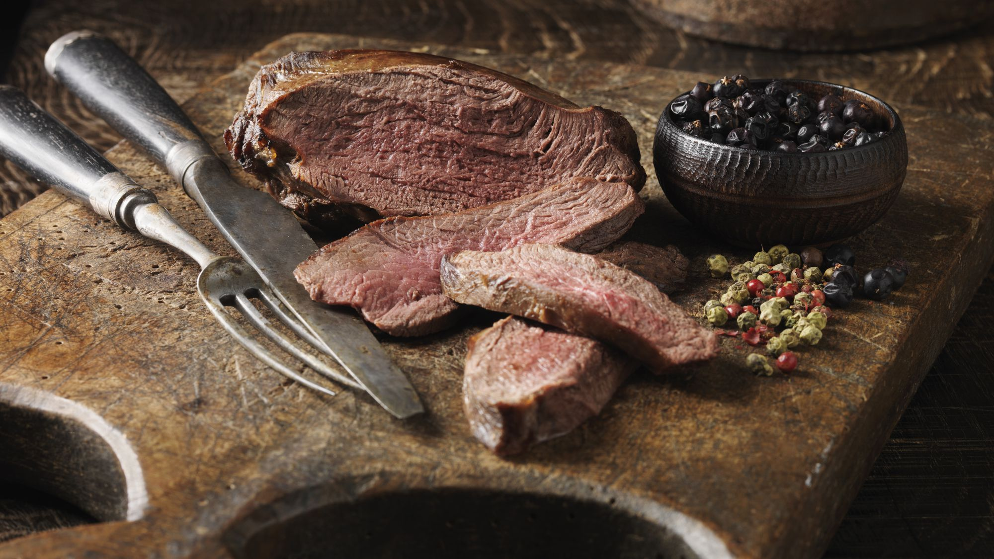 The Best Herbs to Season Venison Dishes