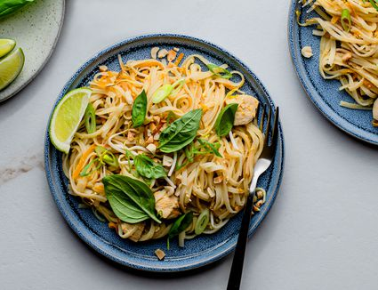 Stir fried noodles with chicken pad Thai