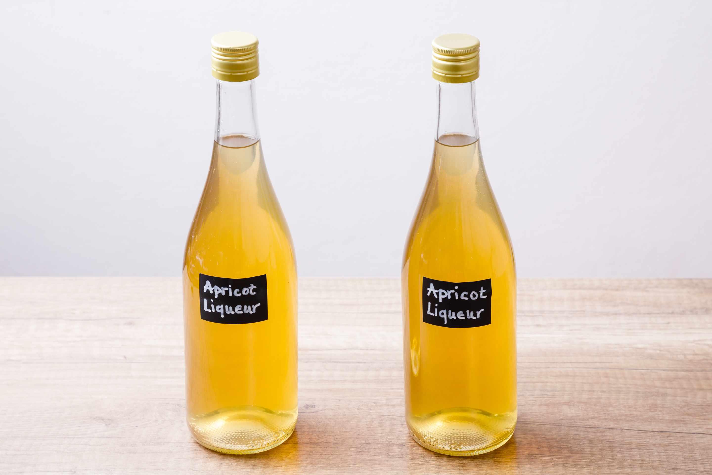 Label bottles
