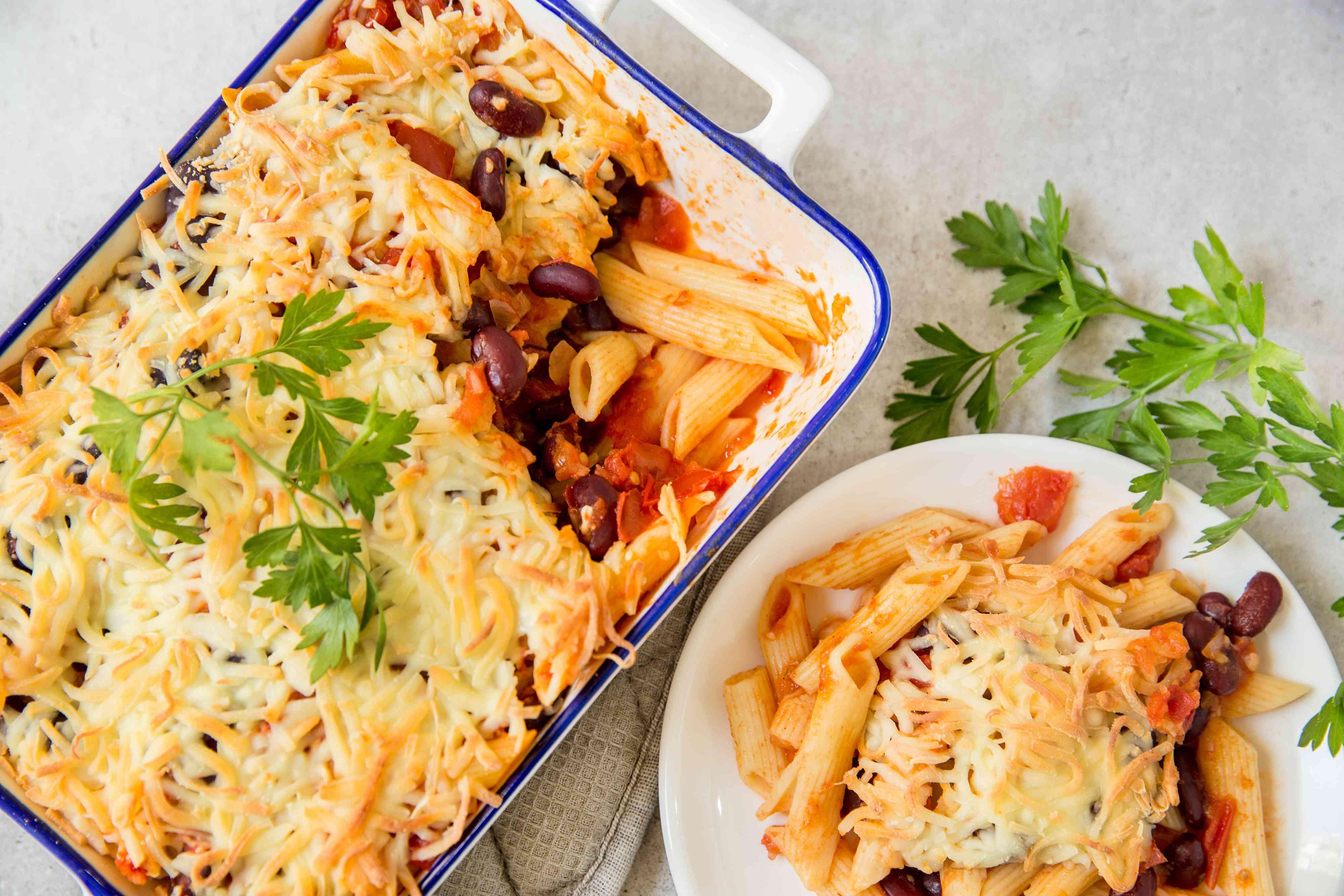 Cheesy pasta and bean casserole recipe