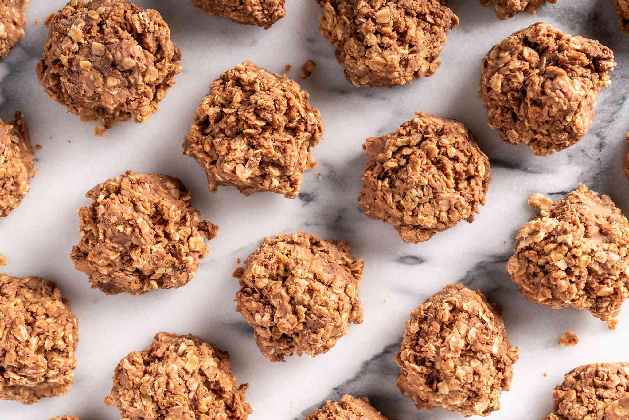 Easy Gluten-Free Chocolate Oatmeal No-Bake Cookies
