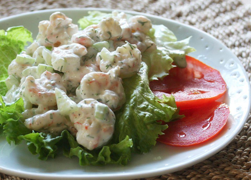 Shrimp salad in pita