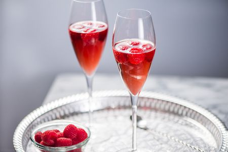 Kir and Kir Royale Cocktail Re...