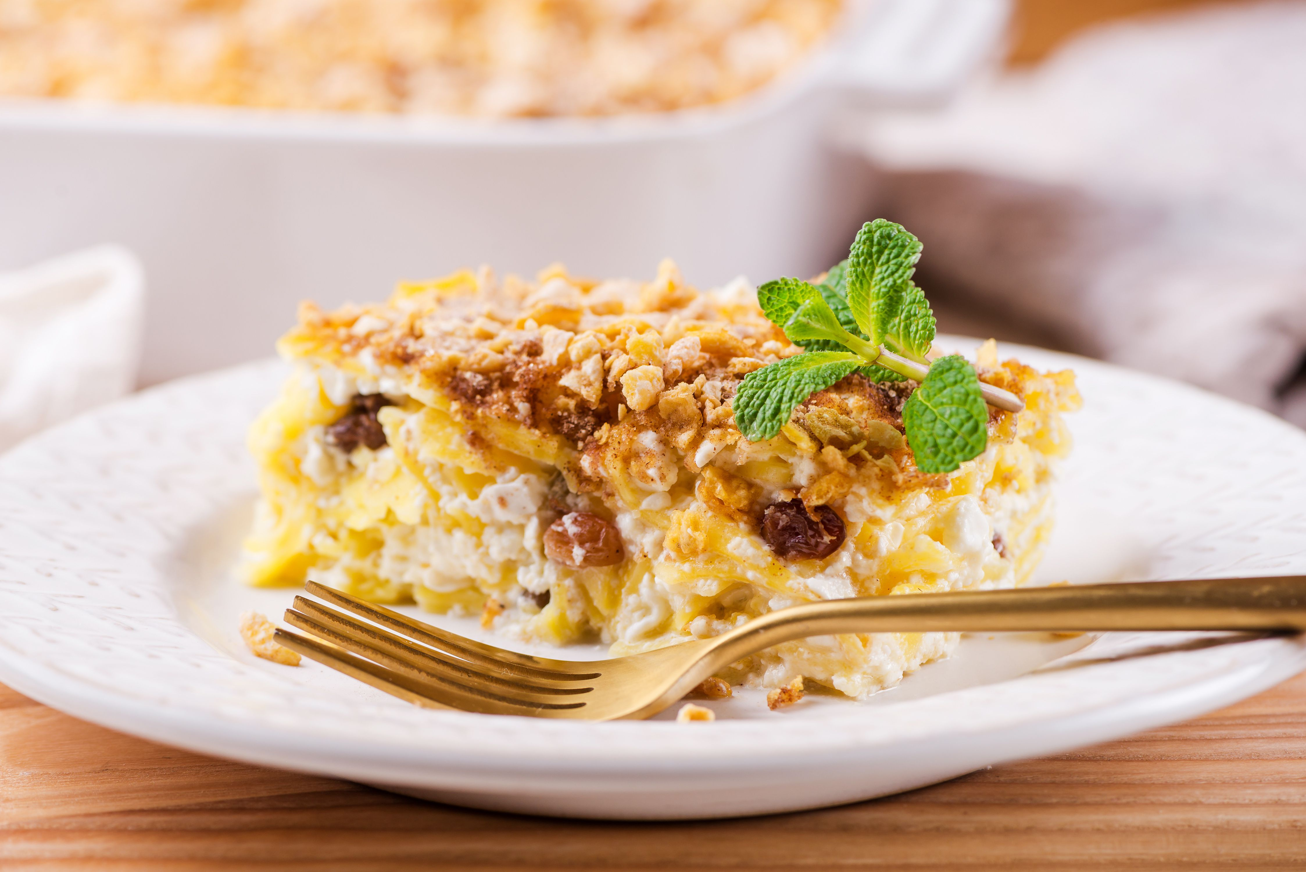 Cottage cheese noodle kugel