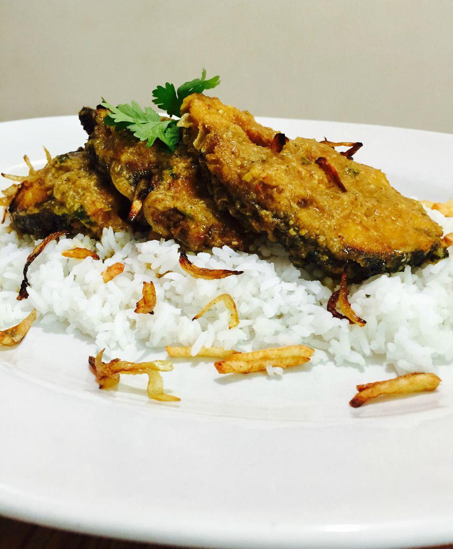 Bengali Fish Curry (Maacher Kalia / Jhol)