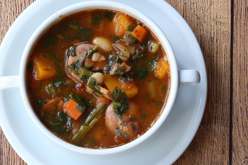 sausage, bean, and kale soup