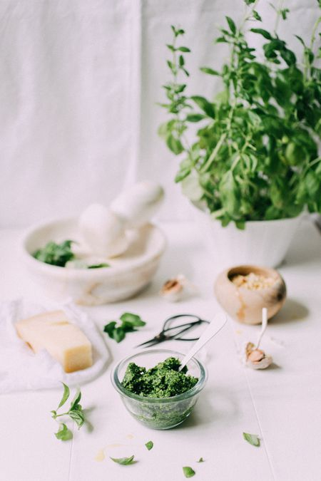 How to Convert Fresh to Dried Herb Measurements