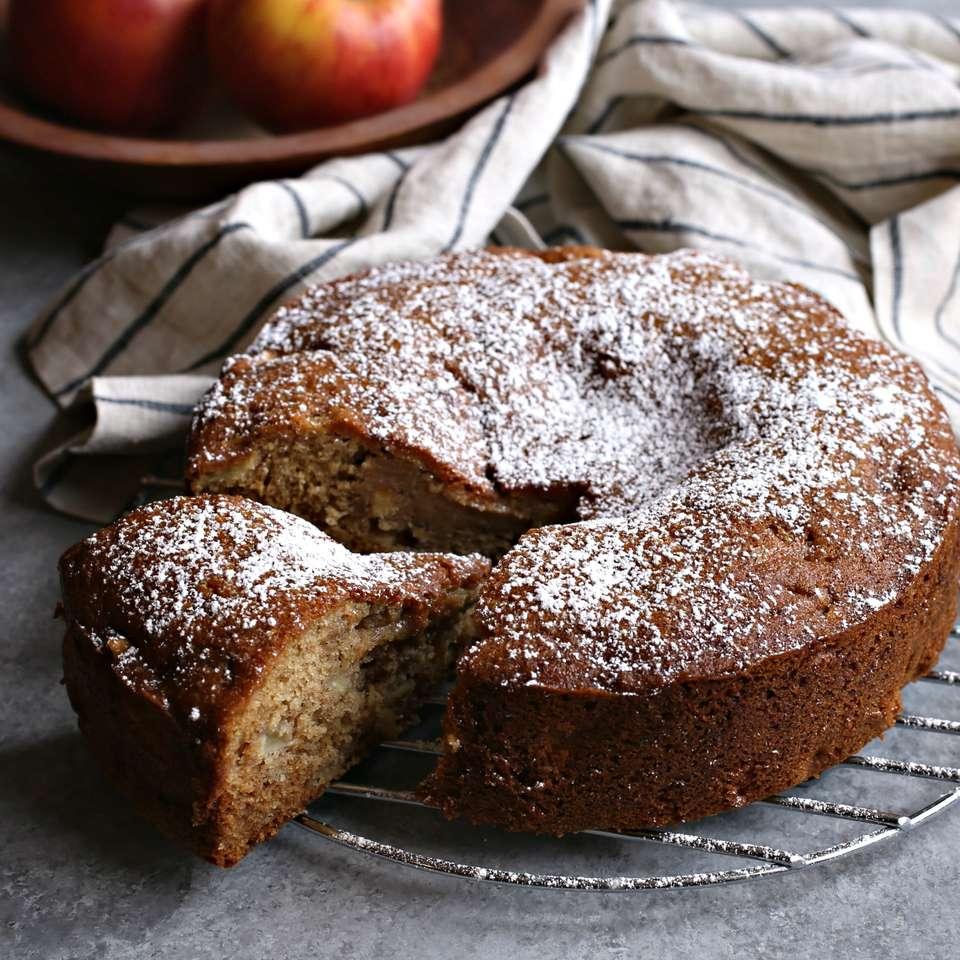 Tarta de manzana con miel y canela