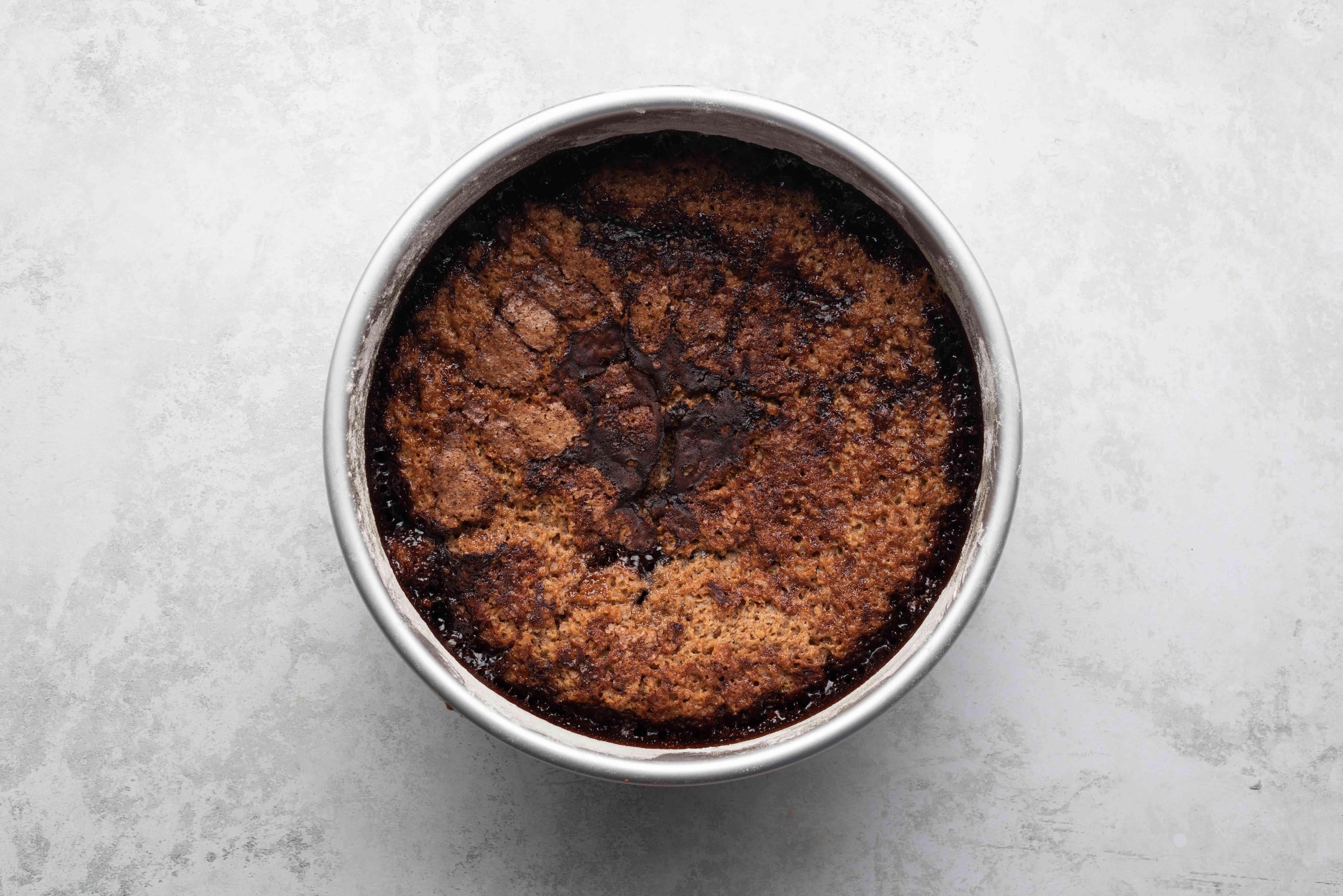 bake cake in the cake pan
