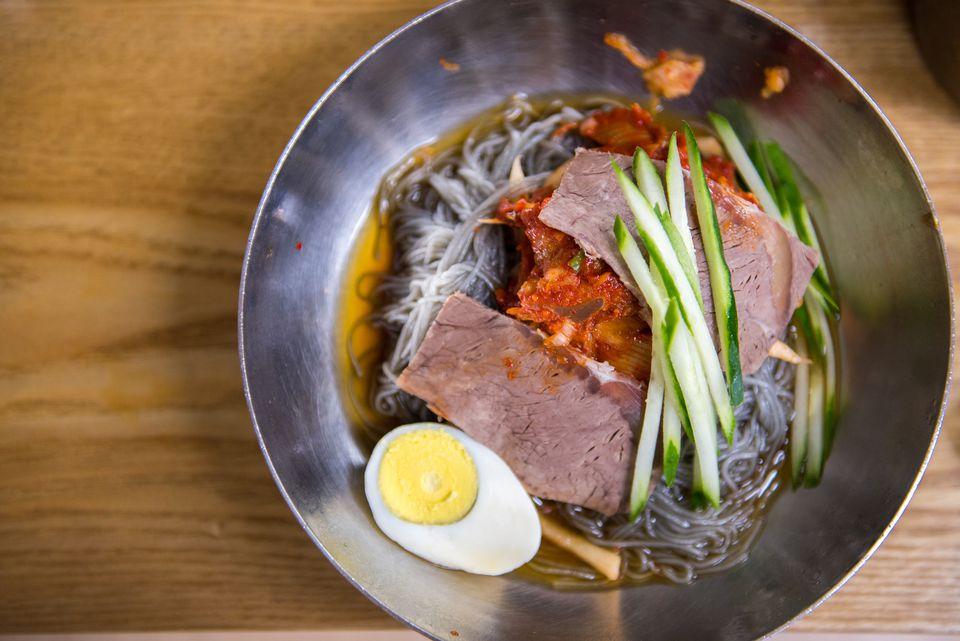 Korean cold noodles (naengmyoen)