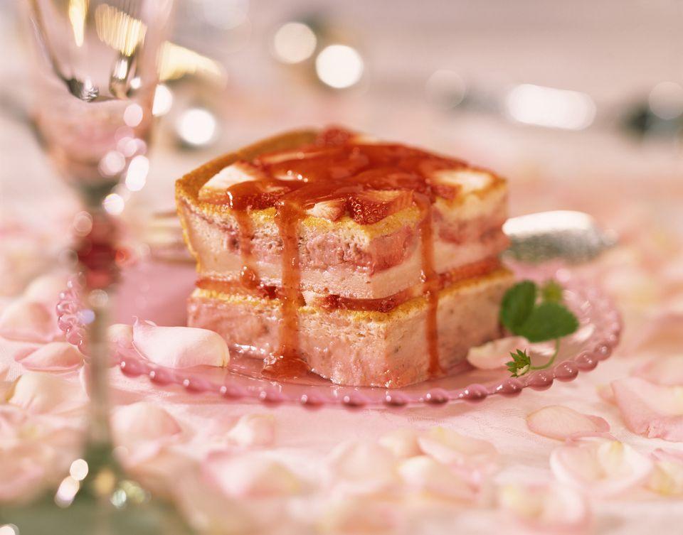 Fancy strawberry torte cake