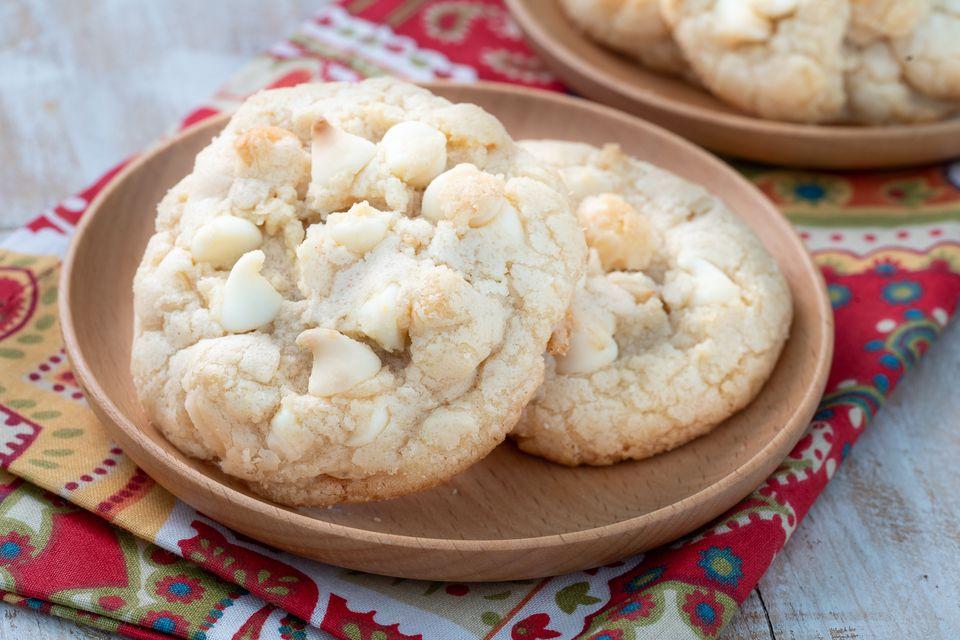 Galletas de nuez de macadamia con chocolate blanco