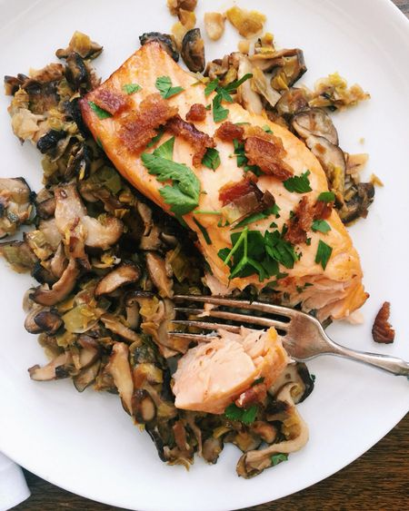 Orange Salmon With Leeks And Mushrooms Recipe