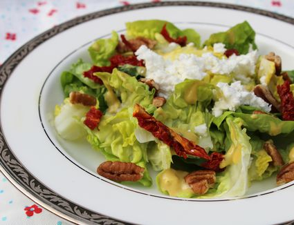 Salad With Sun-dried Tomatoes, Pecans, and Feta