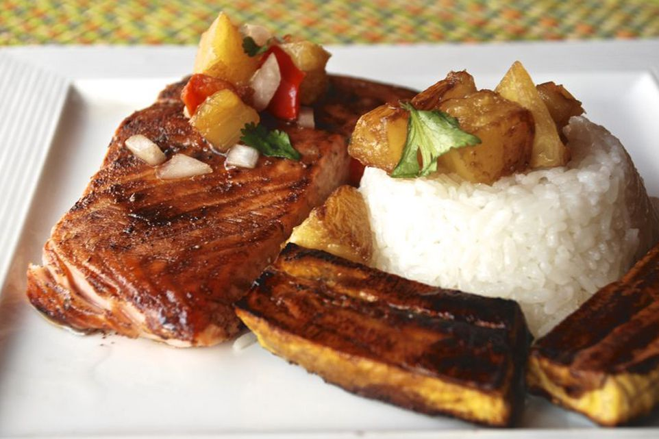 Roasted salmon and plantains with white rice