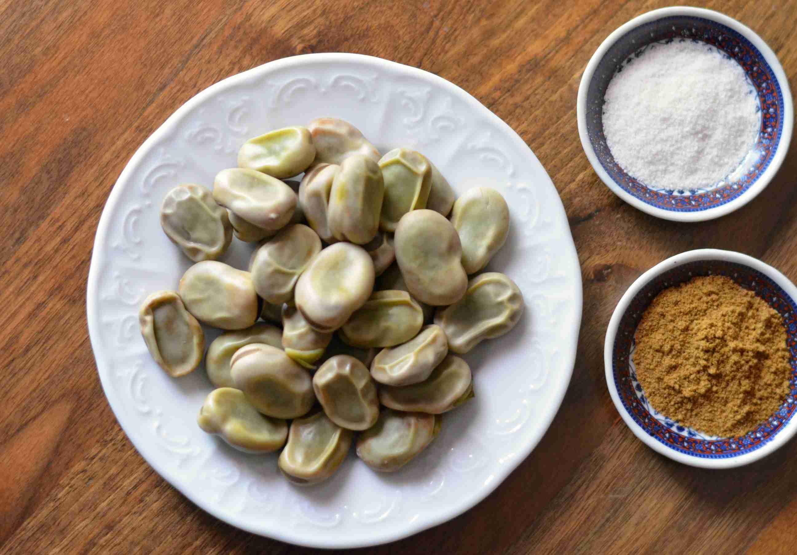 Fresh Fava Beans with Salt and Cumin